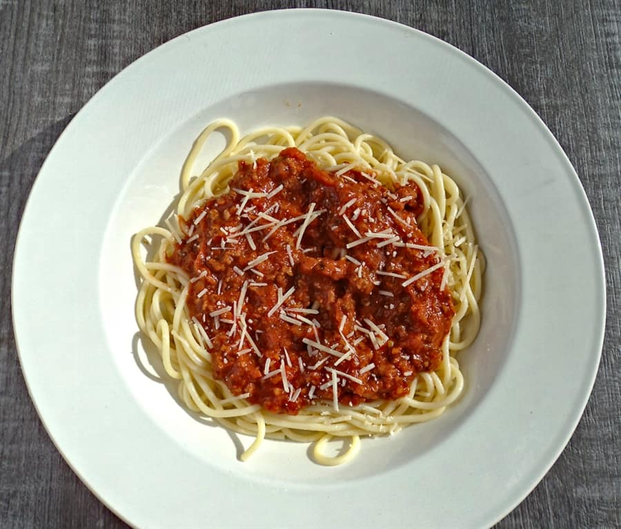 Low sodium spaghetti sauce with sprinkle of parmesean