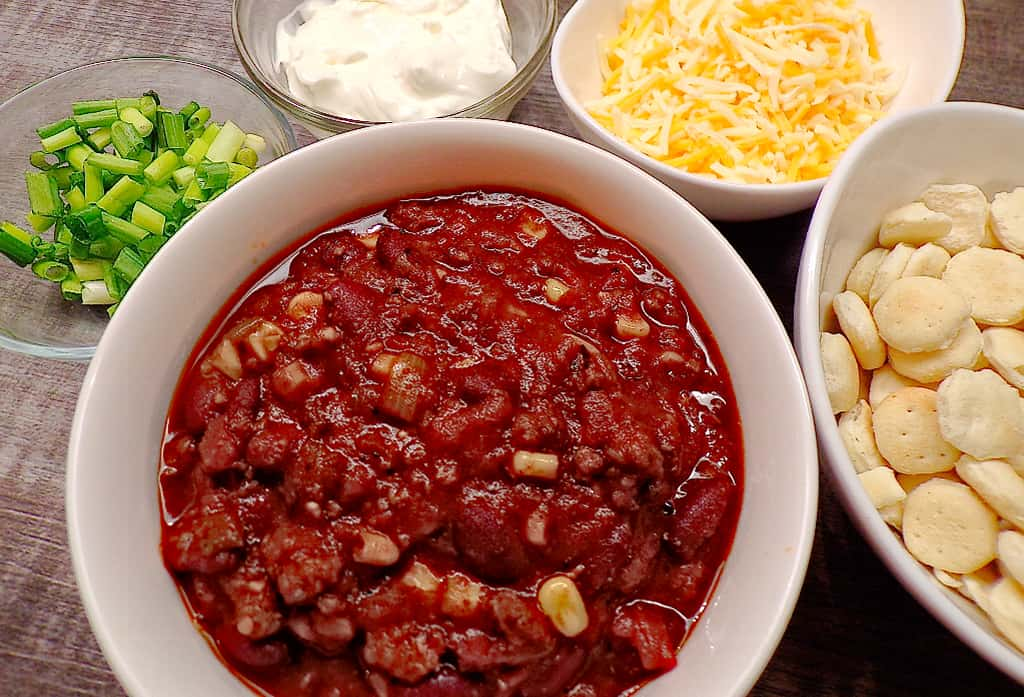 Low sodium chili with sides