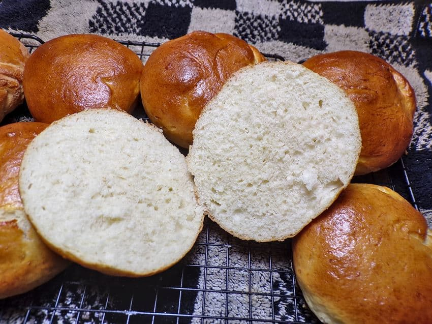 Low sodium hamburger buns